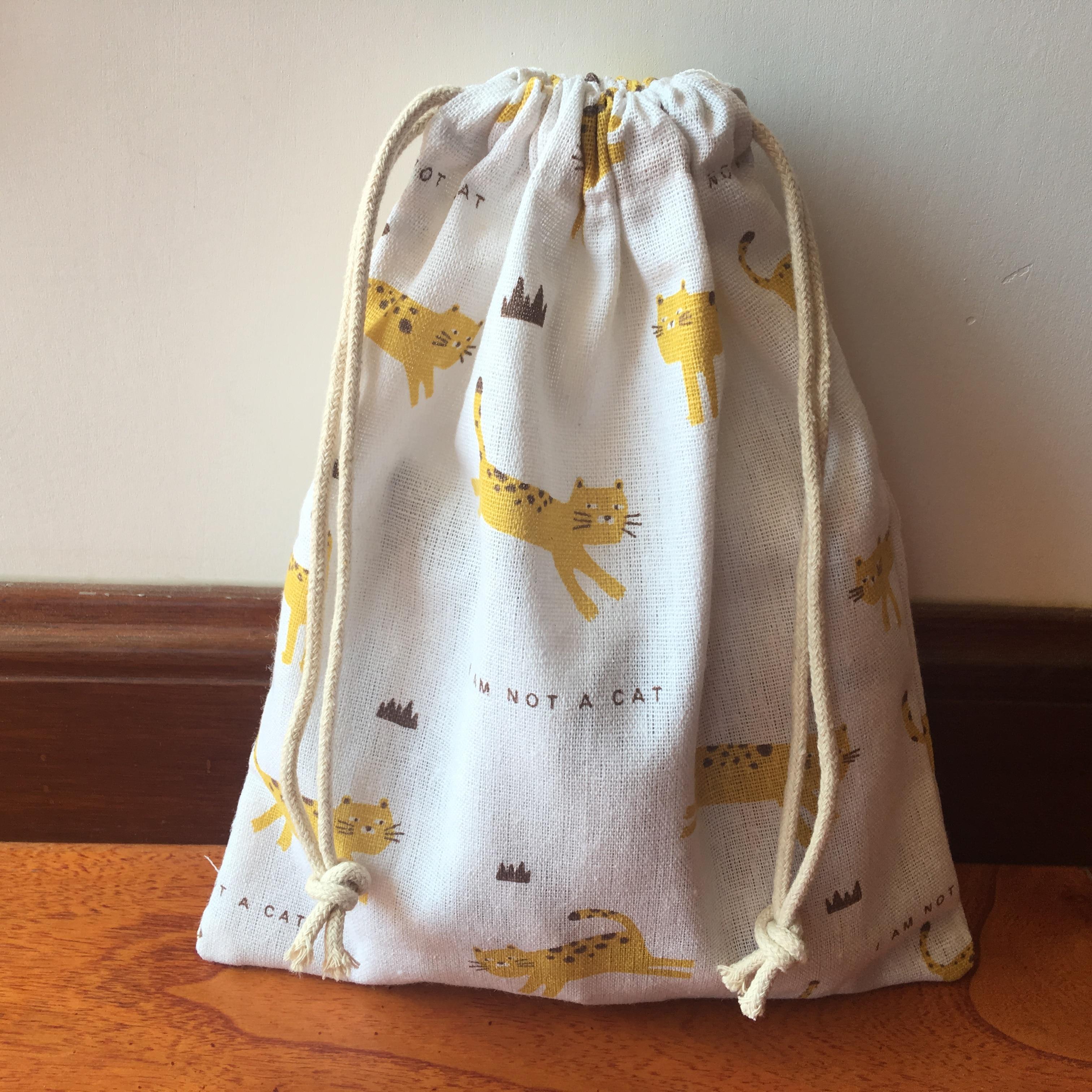 1pc Cotton Linen Drawstring Multi-purpose Pouch Party Gift Bag Yellow Animal Not Cat YI