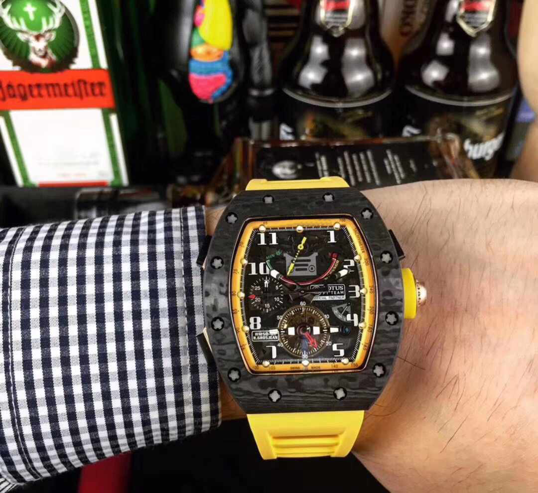 Luxury Brand New Yellow Rubber Men Watch Sapphire Glass Automatic Mechanical Carbon Fiber Skeleton Dial Watches Limited