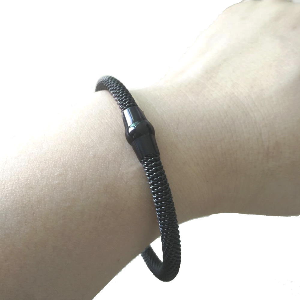 Hot Sale Stainless Steel Magnet Clasp Bangle Bracelets With Cable Mesh Chain Fashion Bracelet Bangles For Men or Women in Charm Bracelets from Jewelry Accessories