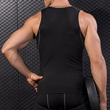Мужской компрессионный базовый слой без рукавов жилет майка Быстросохнущий Спортивный Тренажерный зал под рубашку SEC88