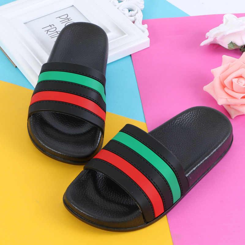 Jongens Meisjes Slipper Zomer Casual Sandalen Zachte Zool Mode Kleur Gestreepte Barefoot Water Schoenen Voor Kinderen Bad Strand Slipper