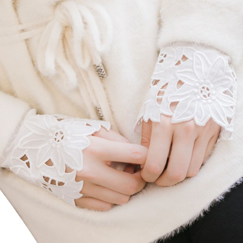 2 Pcs/pair Women Girl Fake Cuff Gloves Delicate Crotchet Floral Lace Hollow Out Sleeves Sweater Blouse Apparel Arm Warmers Wrist