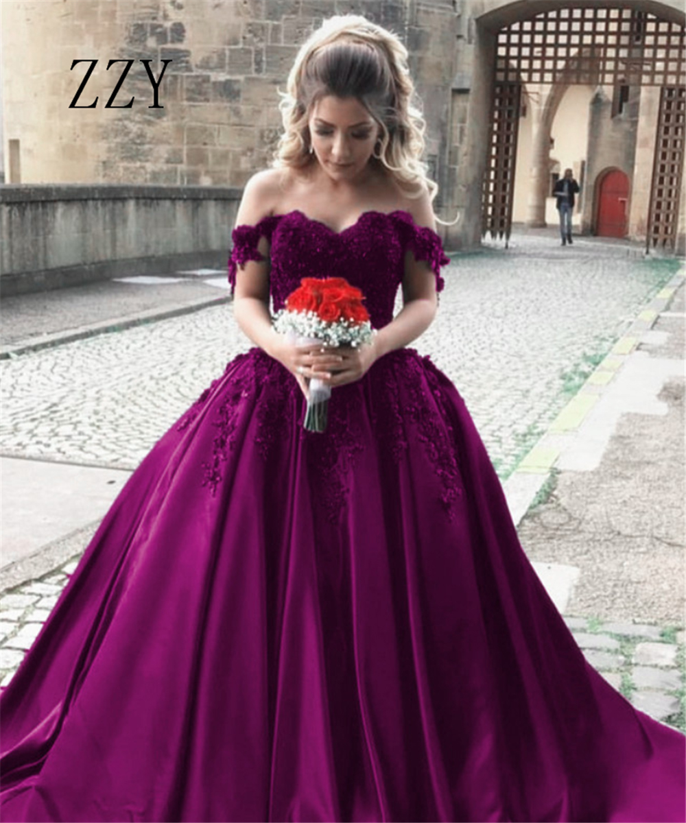 Excellent Spaghetti Straps Neckline Quinceanera Dresses Flowers Appliques Satin Ball Gown Girl's Pageant Dress Formal Party