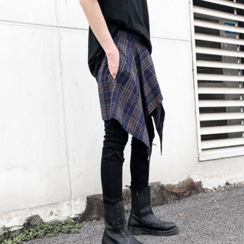 Men Casual Plaid Short Skirt Pants High Street Hip Hop Dancing Pant Male Fashion Trousers Stage Costumes