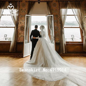 Image 2 - Sang Trọng Hồi Giáo Appliques Áo Cưới Swanskirt AZ01 Vintage Công Chúa Bầu Dài Tay Satin Áo Dài Cô Dâu Đầm Vestido De Noiva