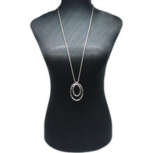 Fashion Trendy Clavicle Chain Exaggerated Necklace Retro Large Circle Pendant Women Collares Jewelry XL602