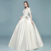 цена на Vintage Satin Ball Gown Wedding Dresses Scoop Short Sleeves Lace-up Back Floor Length Bridal Gowns