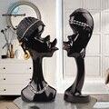 Resina criativa personagem abstrato escultura preto homem artesanato ornamentos casal moderno casa decorações estatuetas em miniatura