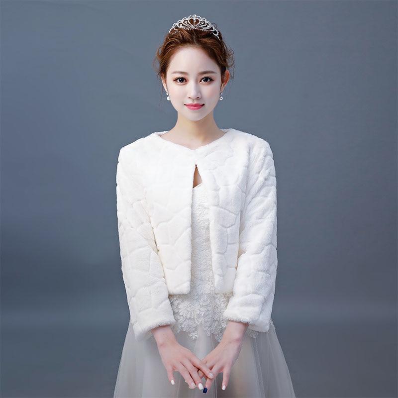 2019 Hot Sale Fur Wedding Wraps Women Winter 3/4 Length Sleeves Bridal Fur Jacket Warm Fur Bridal Jacket Elegant Evening Coat