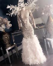 Вечерние платья с рукавом 2020 серебряными блестками белым пером