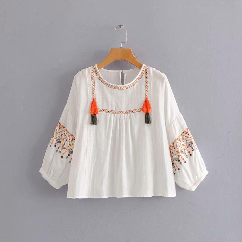 new women vintage position embroidery casual smock Shirt Blouse women lantern sleeve femininas chemise tassel chic shirts LS4058