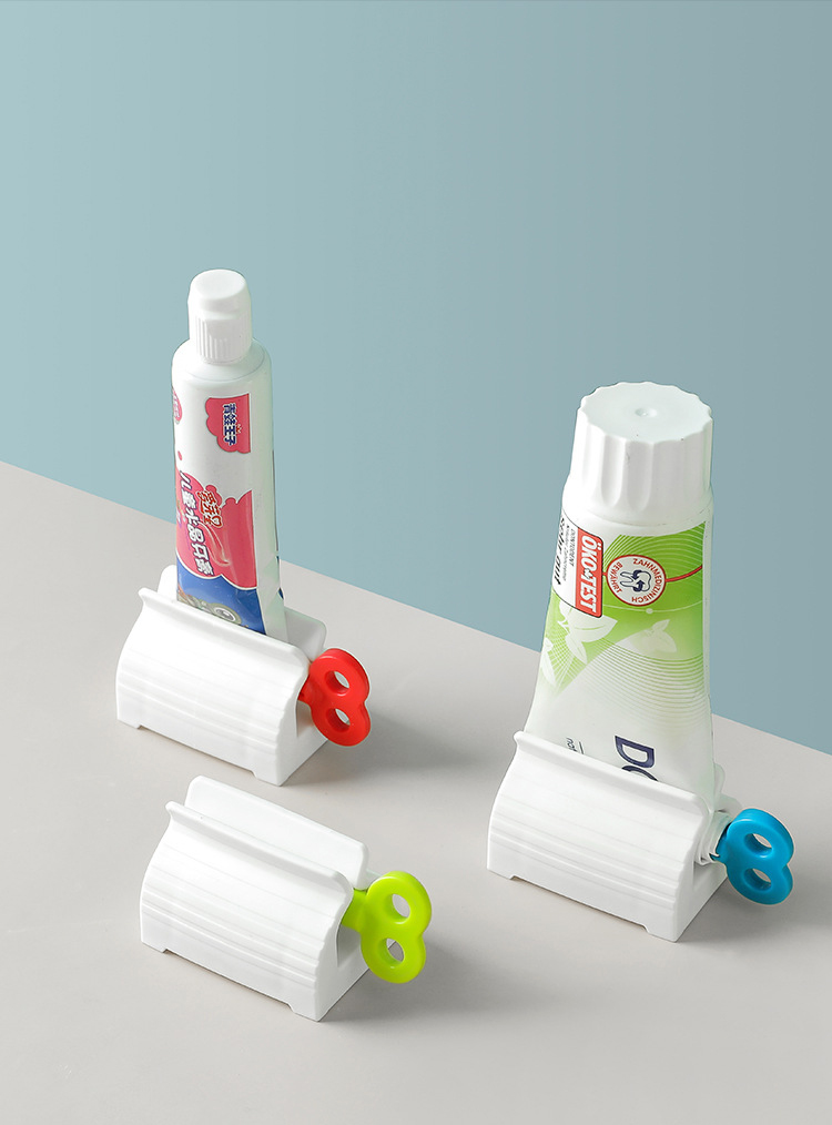 3pcs-White Large Rolling Tube Toothpaste Squeezer Toothpaste Seat Holder Stand for Bathroom Accessories (7.1 x 4.1 x 5CM)