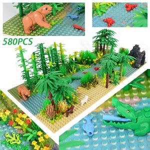 Image 2 - Rainforest Animal Fish Grass Tree zestaw klocków z podstawą City MOC akcesoria części cegły DIY zabawki dla dzieci prezenty