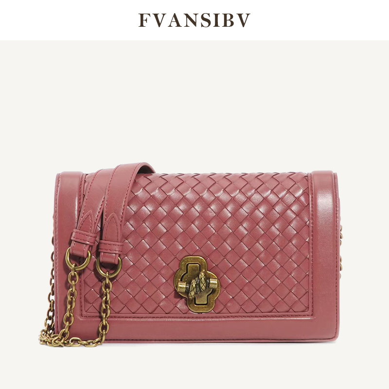 Women's Shoulder Bag 100% Leather Top Sheepskin Luxury Brand Design Bag Gold Chain Messenger Bag Hand-Woven Banquet Bag 2020 New