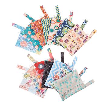 Stroller Waterproof Reusable Bag Printed Fabric Bag Nappy Mask Cloth Bag Baby Wet Bag Travel Diaper Bag Menstrual Pads Wholesale tanie i dobre opinie zipper Poliester W wieku 0-6m 7-12m 13-24m 25-36m 3-6y 7-12y 12 + y Tote Bag CN (pochodzenie) Unisex (30 cm Max Długość 50 cm)