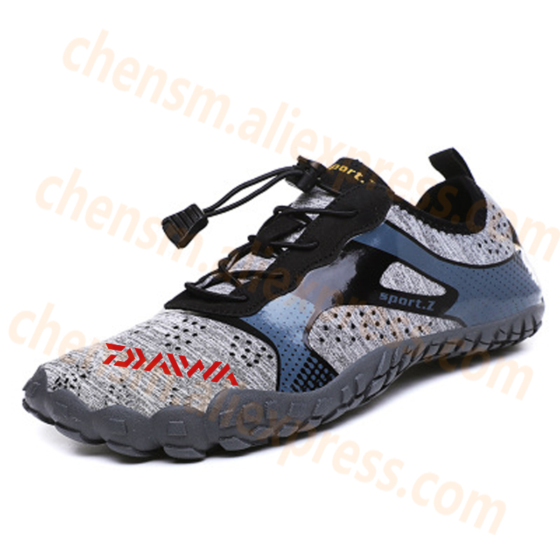 New Daiwa Fishing Water Shoes Men Beach Outdoor Wading Shoes Climbing Shoes Surf Woman Quick-Drying Dawa Fishing Shoes Size35-46