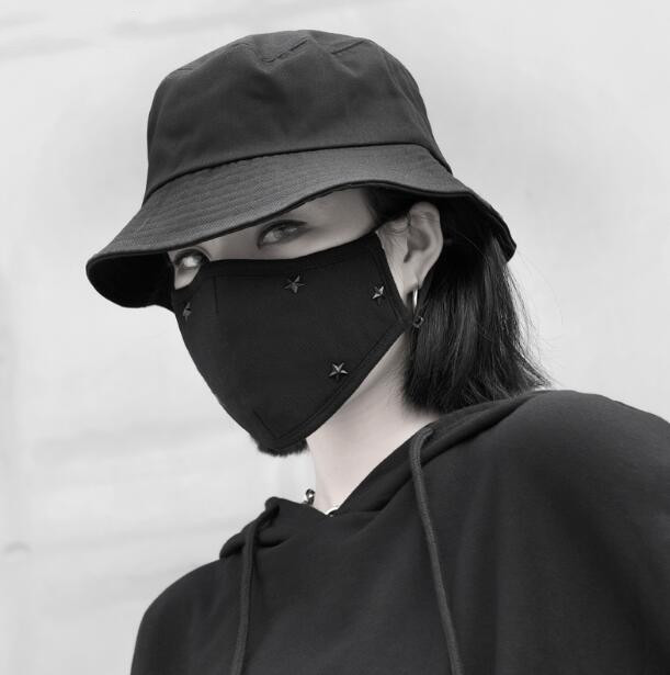 Men Women's Windproof Thicken 100% Cotton Mask Lady's PM 2.5 Filter Breathable Black Punk Rivet Mouth-muffle R2729