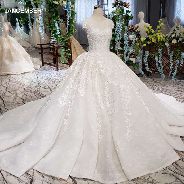 LSS513 Vintage Wedding Dress 2020 Appliques With Wedding Veil O Neck Lace Up V Back White Bridal Ball Gown