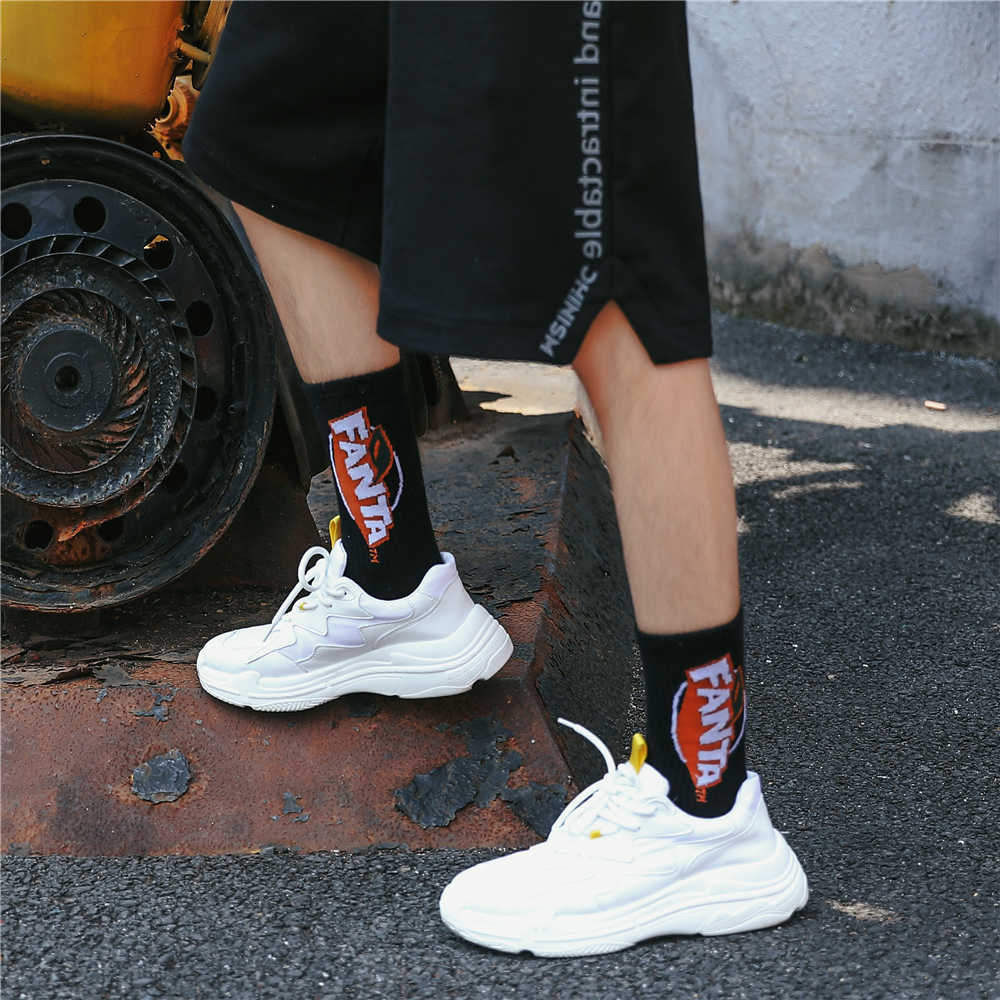 ชาย Harajuku โคล่าโซดาเครื่องดื่มลายผ้าฝ้ายกีฬาถุงเท้าถุงเท้า Happy ตลกการ์ตูนแฟชั่น Street Dance สเก็ตบอร์ด Hipster ถุงเท้า