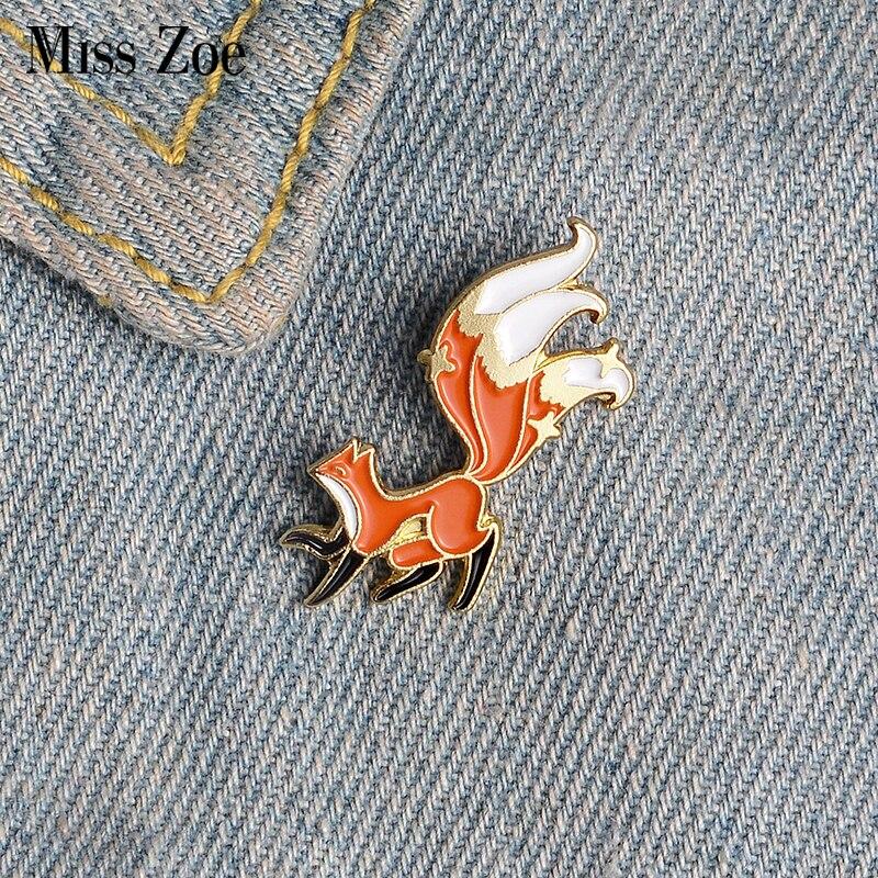 Little Fox Enamel Pin Custom Mini Animal Brooches for Shirt Lapel Backpack Cartoon Big Tail Fox Badge Jewelry Gift for Friends 1