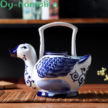 Japanese-style Hand-painted Blue and White Porcelain Duck Ceramic Decorative Coffee Teapot Office Household Crafts Decoration