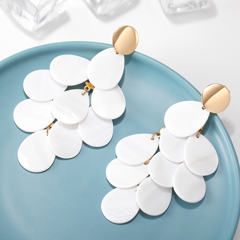 2019 New FASHION Shell Leaves Tassel Clip Earrings Without Piercing for Women Gilrs Ladies Statement Jewelry