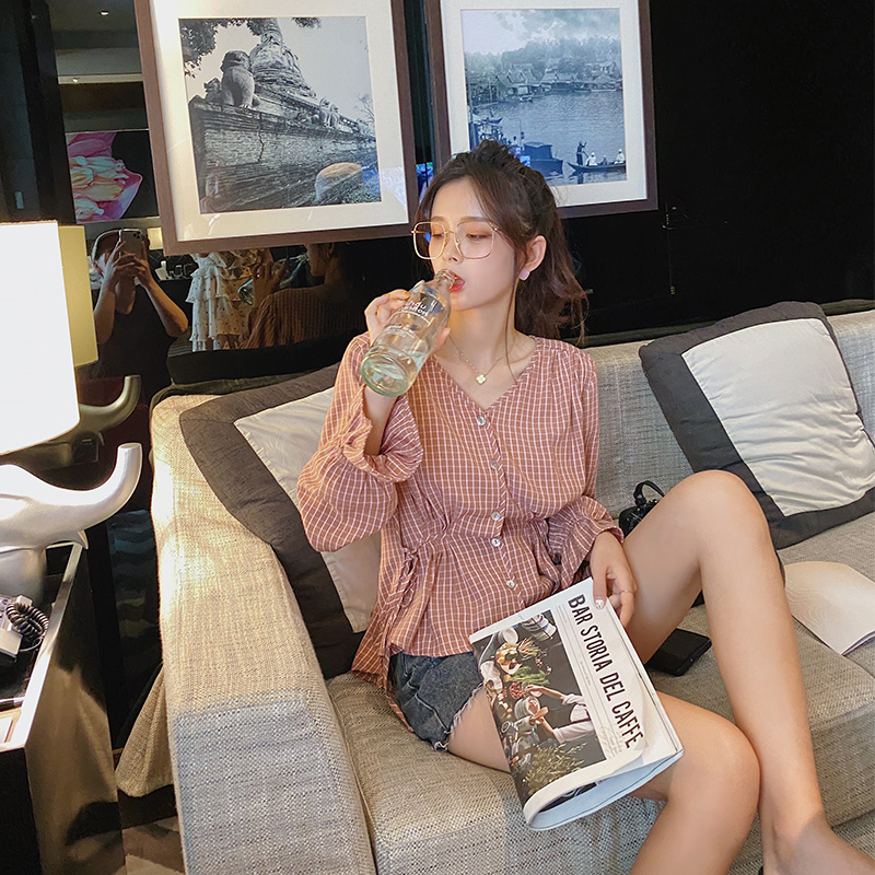 MISHOW 2020 Spring Casual Plaid Blouses Women V-Neck Streetwear Flare Sleeve Female Loose Office Lady Fashion MX20A4488