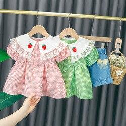 Детский комплект из 2 предметов, кружевной клетчатый топ с коротким рукавом и шорты из джинсовой ткани с кружевом и клубничным узором для де...