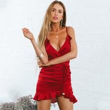 Женское летнее сексуальное короткое платье с оборками красное