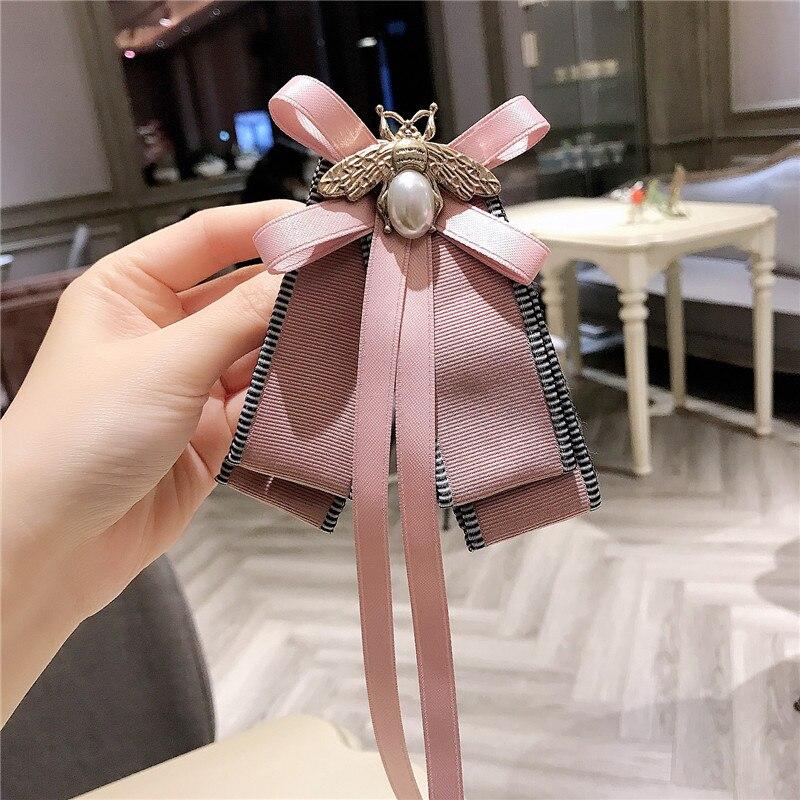 Корейские высококачественные ленты розовые Броши «бант» пчела бант воротник булавки рубашки Аксессуары для галстуков корсажные Броши для женщин ювелирные изделия on AliExpress