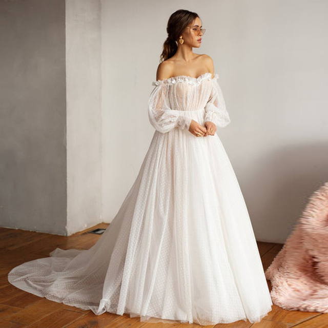 Booma New Design Off shoulder Puffy Sleeve Dot Tulle Wedding Dresses for Bridal Sexy Open Back Long Sleeve 3D Flower Bride Gown