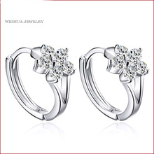 New Fashion Silver Earrings flower feature stud earring Women Jewelry Simple Popular Crystal