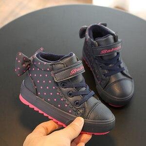 Image 1 - Детская зимняя обувь для девочек, детские теплые ботинки для мальчиков, новинка 2019, бархатные зимние ботинки для малышей, розовые кроссовки для девочек