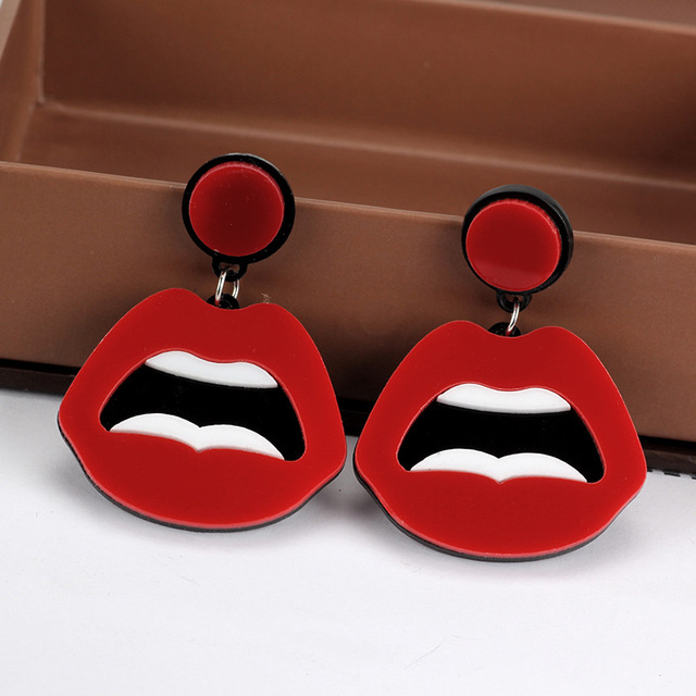 European and American exaggerated cute earrings creative acrylic hip hop funny lips earrings nightclub party gift.jpg 640x640 - European and American exaggerated cute earrings creative acrylic hip hop funny lips earrings nightclub party gift