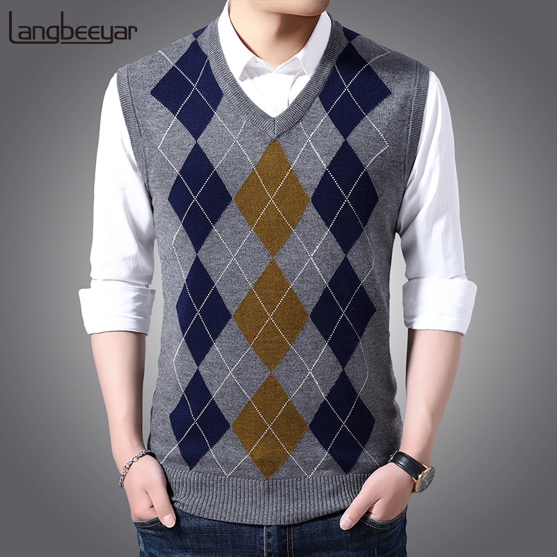 New Fashion Brand Sleeveless Sweater Mens Pullover Vest V Neck Slim Fit Jumpers Knitting Patterns Autumn Casual Clothing Men