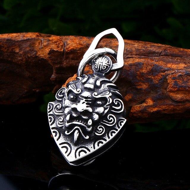 Soldat en acier personnage chinois tête de lion pendentif collier en acier inoxydable amulette titane acier breloque hommes bijoux