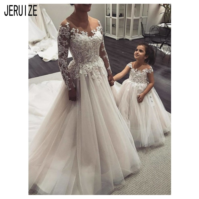JIERUIZE Charming Tulle Wedding Dresse Illusion Long Sleeves Scoop Neck With Appliques Bridal Gowns Lace Up Back Bride Dresses