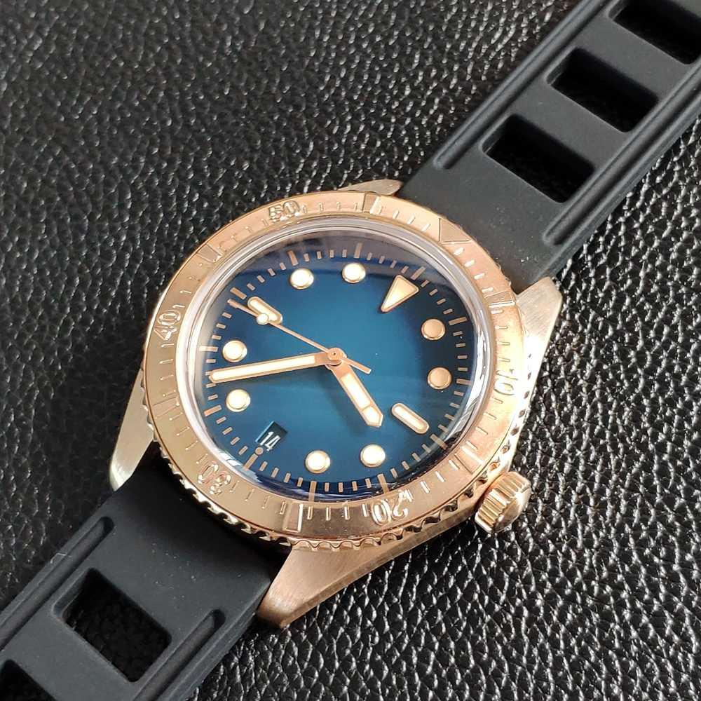 Steeldive 1965s 200 メートルダイバーブロンズ腕時計オートスーパー発光自動機械式時計の男性CuSn8 オートダイブウォッチ男