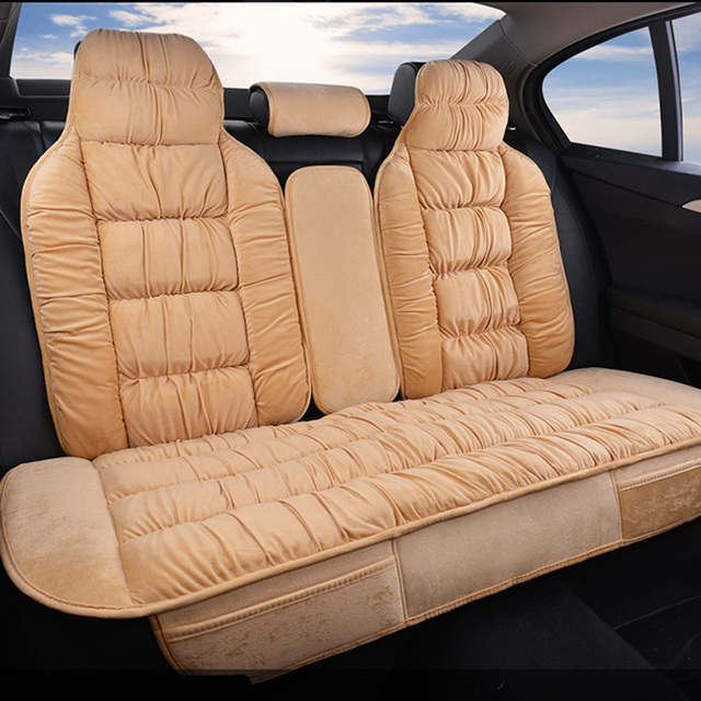 Sıcak arka araba klozet kapağı evrensel kış peluş yastık taklit kürk malzeme araba için koltuk koruyucusu Mat araba iç aksesuarları