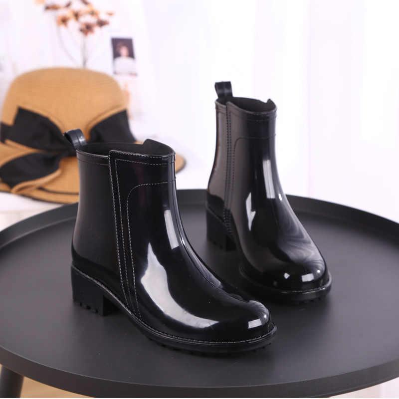 Stivali da pioggia Scarpe Impermeabili Donna scarpe di Acqua di Gomma Lace Up Martin Stivali Da Cucire Solido Piatto con le Scarpe Stivali Donna 2019
