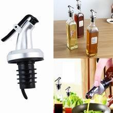 1 pçs pulverizador de óleo licor dispenser cozinha ferramentas vinho pourers rolha gadgets cozinha acessórios ferramentas para conveniência