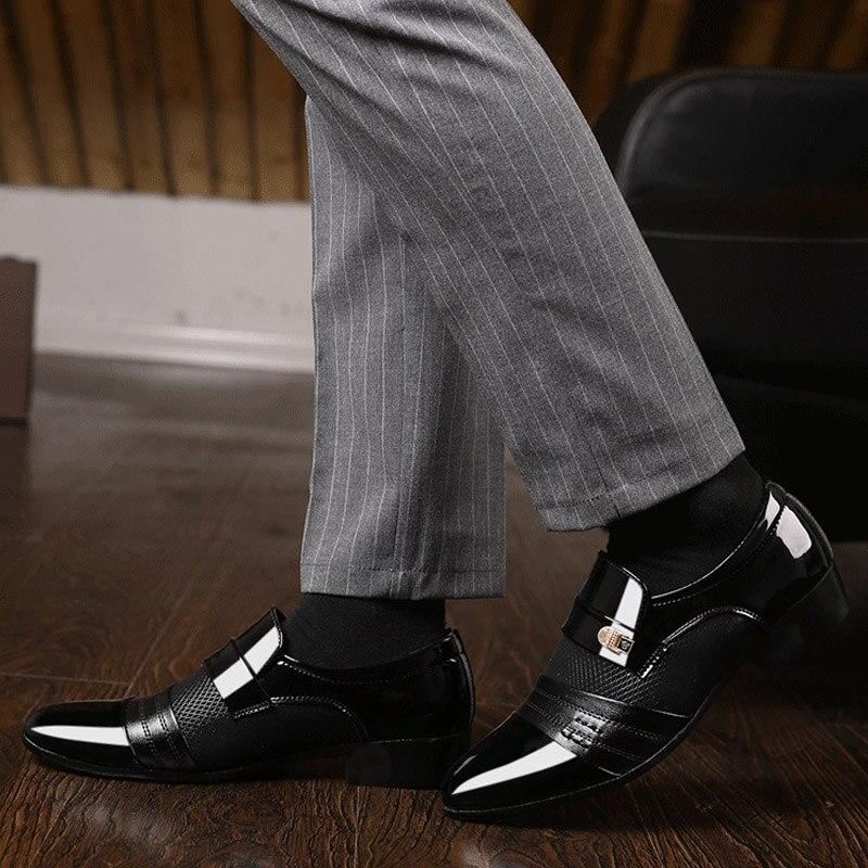 REETENE Fashion Slip On Men Dress Shoes Men Oxfords Fashion Business Dress Men Shoes 2019 New Classic Leather Men'S Suits Shoes 2