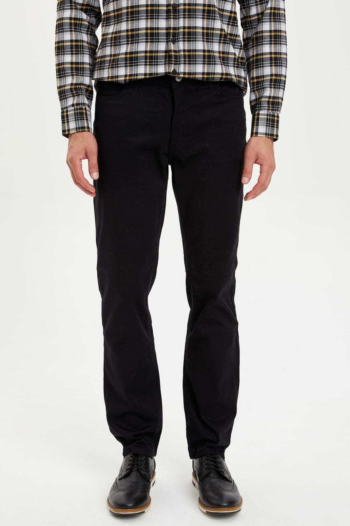 DeFacto Man Trousers-L2490AZ19AU