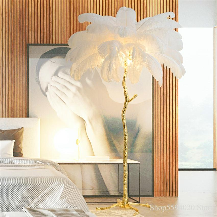 Lámpara de pie de plumas de avestruz nórdica, soporte de cobre ligero, iluminación Interior moderna, decoración para el hogar, luces de suelo Luminaria, pluma de avestruz