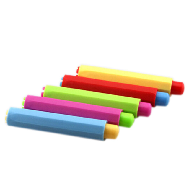 2pcs Dustless Chalk Holders Holder Pen Porta Tiza Chalk Clip Non Dust Clean Teaching On Chalkboard Wall Sticker Chalk Marker