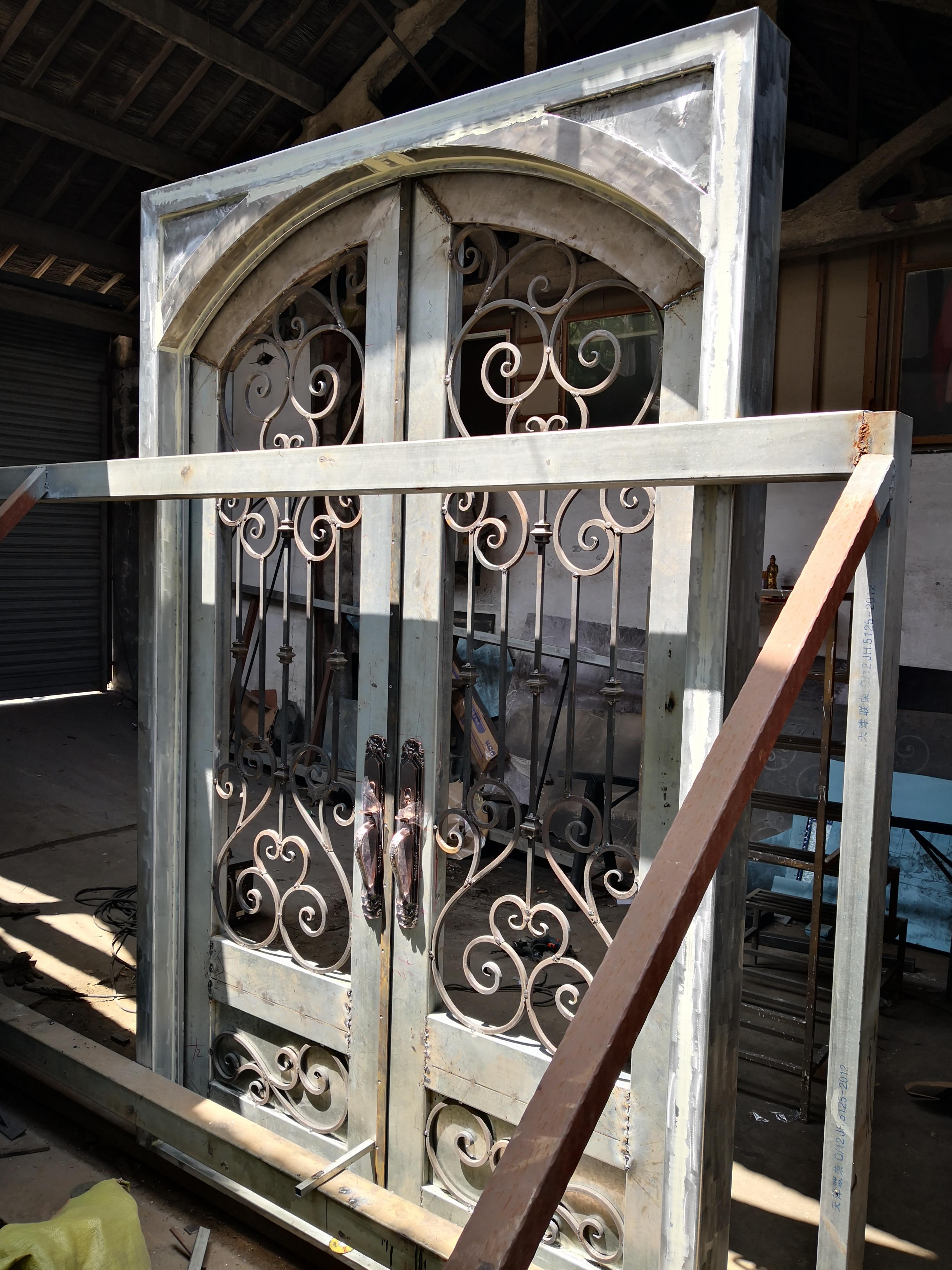 Shanghai Hench Brand China Factory 100% Custom Made Sale Australia White Iron Door