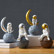 Creativity Astronaut Small Decorations Desktop Spaceman Living Room TV Cabinet Children's Room Decoration Home Furnishings