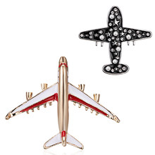 1PC Alloy Airplane Retro Air Plane Brooches Pins Enamel Rhinestone Pearl Plane Charm Jewelry Party Badge Banquet Aircraft Brooch
