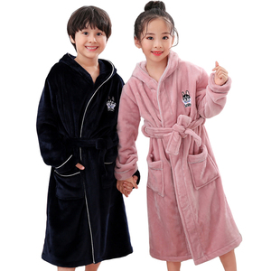 Image 4 - Новое поступление, зимний банный халат для детей, фланелевый Теплый удлиненный халат, утепленный Халат с капюшоном для девочек и мальчиков, бархатные пижамы кораллового цвета