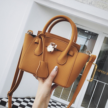 Casual Trapeze Women Crossbody Bags Designer Handbags Luxury Matte Pu Leather Shoulder Messenger Bag Chic Purses Lady Sac 2019 недорого